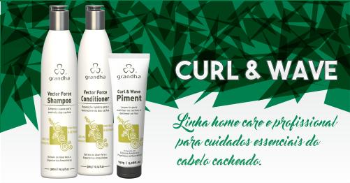 O kit Curl & Wave da Grandha atua na formação e otimização do cabelo cacheado. Ideal para cachos.