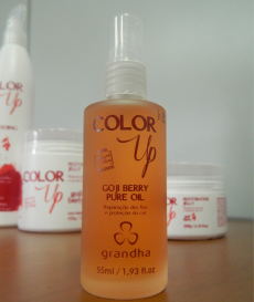 Color Up Goji Berry Pure Oil para cabelos tingidos da Grandha.