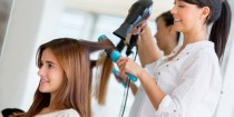 Feliz dia do cabeleireiro! A Grandha deseja neste 2015 que o talento dos profissionais da beleza continue inspirando beleza e auto-estima para todas as mulheres do Brasil. Feliz dia do cabeleireiro!