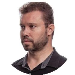 Celso Martins Junior, diretor técnico da Grandha e da ABT, Grupo Mart'bel. Especialista em desenvolvimento de alisamentos e cosméticos em geral.