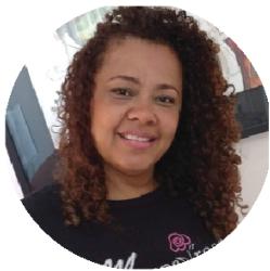 Rosangela Mafra, especialista em alisamento e relaxamento Grandha, do Rio de Janeiro.