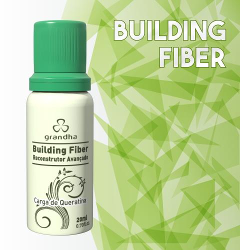 Building Fiber é um finalizador com queratina da Grandha para reconstrução capilar de fios porosos.