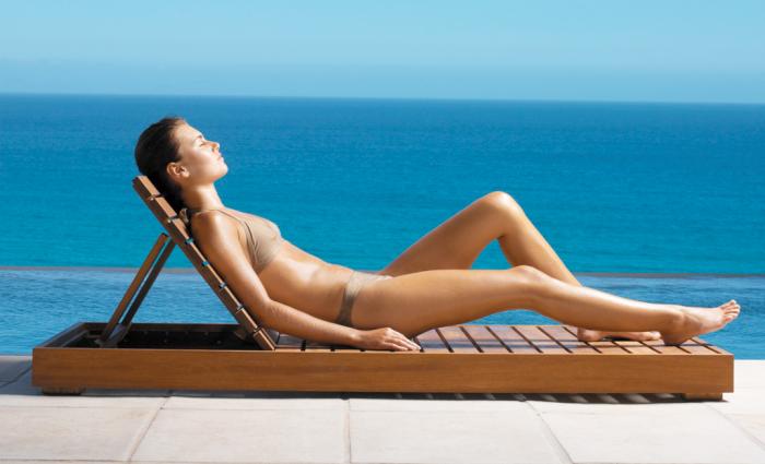 Como prevenir e tratar queimaduras de sol. Cuidar da pele e do cabelo no verão. Cuidados pós-praia e pós-piscina.